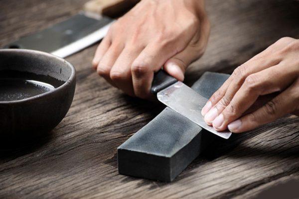 Можно ли дарить ножницы в виде подарка?