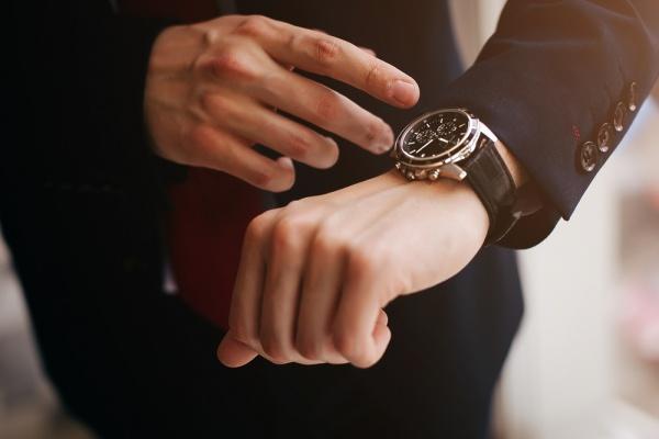 Часы в качестве презента избраннику/избраннице
