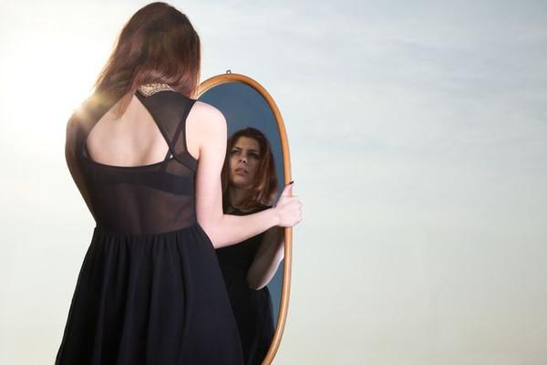 Какие зеркала нельзя дарить