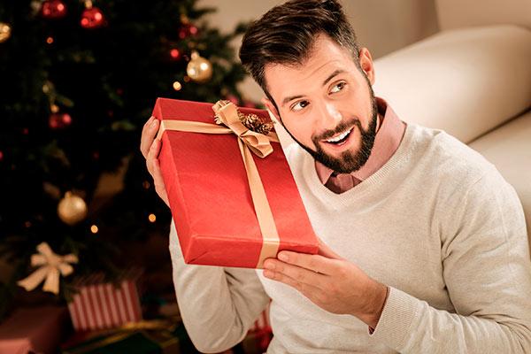 Универсальные вещи в подарок зятю на Новый год
