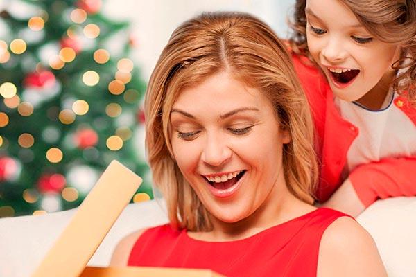 Оригинальные идеи подарка маме на Новый год