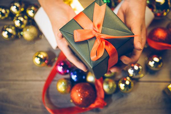 Подарки для души и тела любимой на Новый год