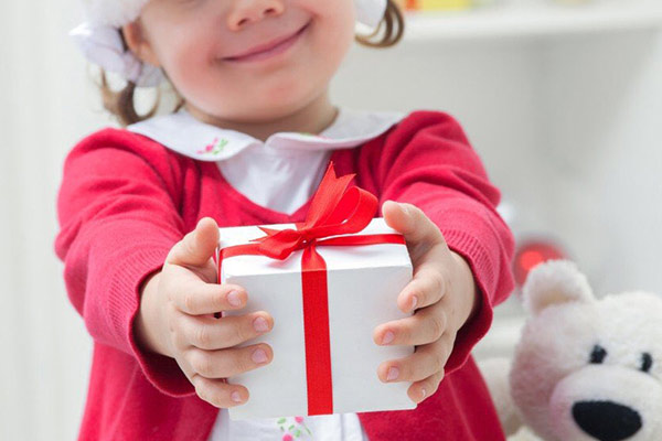 Практичные подарки воспитателю на Новый год