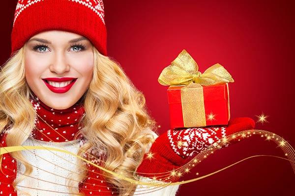 Универсальные подарки девушке на Новый год