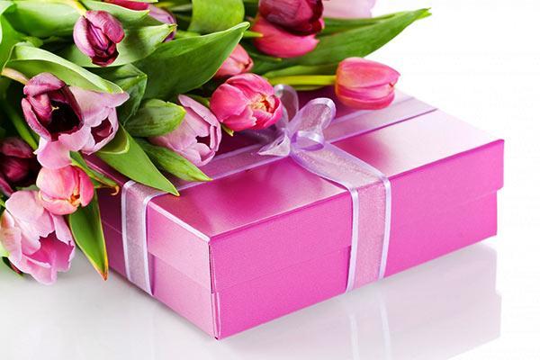 Подарок директрисе на 8 марта