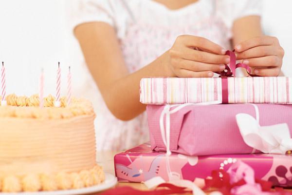Что подарить девочке на 13 лет на день рождения