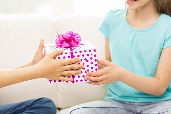 Идеи для подарка девочке на 13 лет