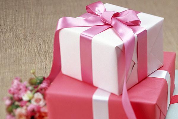 Подарок девочке на 13 лет
