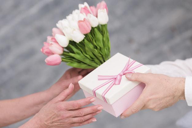 Особенные подарки супруге на день рождения